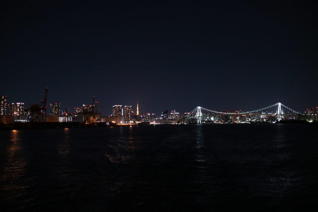東京湾夜景写真レインボーブリッジ