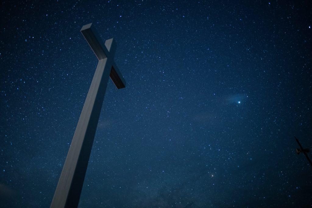 神津島ジュリアの十字架の星空