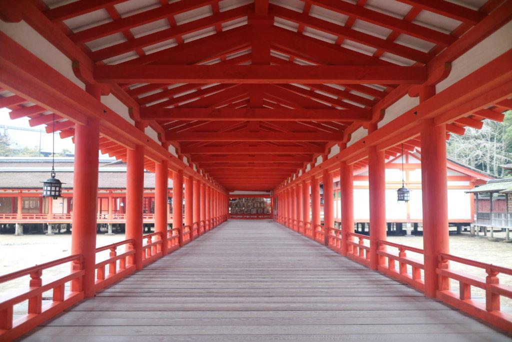 宮島厳島神社の回廊