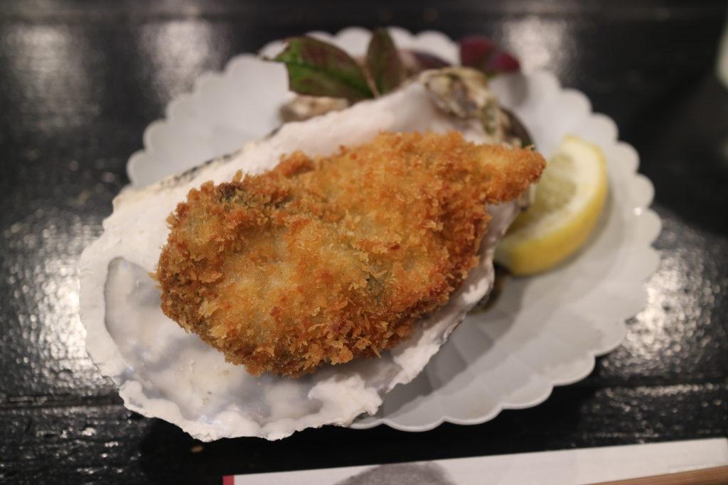 宮島牡蠣屋の特選カキフライ